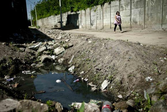 No país, 45% dos brasileiros não têm acesso a serviço adequado de esgotoMarcelo Camargo